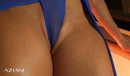 Aldeia dryuchit buraco caucasiano chamado Natasha em Forest vídeo pornô com animais Road
