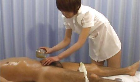 Tesão genro verificar a sogra estava dormindo, apertando os mamilos e tentou vídeo pornô amador enfiar os dedos em sua buceta peluda