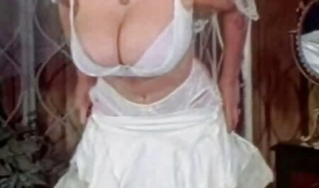 Um alemão negro mergulha em fissuras anais Loiras com um pau grande, e vídeos pornôs brasileirinhas a segunda esposa lambe a bola