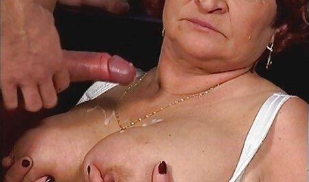 Garnenka Lesa dando respeito quero assistir o filme pornô a um cara experiente fodendo tudo o que se move