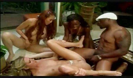 Casou-se com vídeo pornô novinhas grandes Mamas de leite. Contratar alguém para limpar a piscina e limpar sua buceta molhada bem com um pau duro jovem
