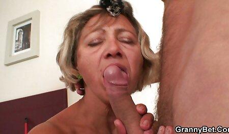 Bunda de uma loira sexy pronta para ser colocada dentro video sexo brasileirinhas de um pau grande, mas o homem decidiu desenvolvê-lo um pouco mais com um vibrador, sexo anal e depois oral