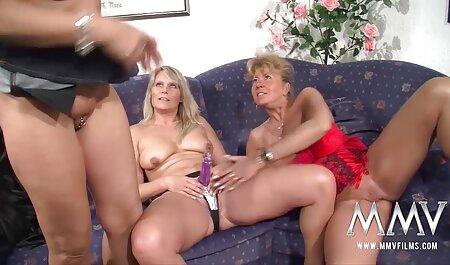 Tugger jovem fazendo vídeo pornô carga galo em a beleza de uma anal e pobre cara viver toque